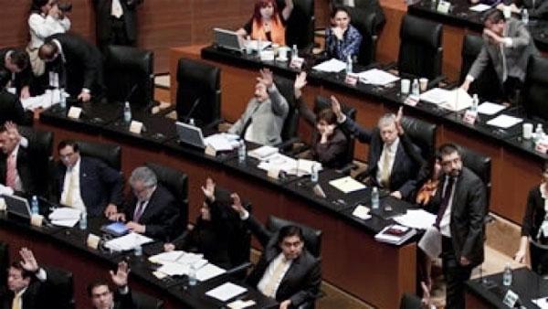 Aplaza Senado discusión de reforma en transparencia